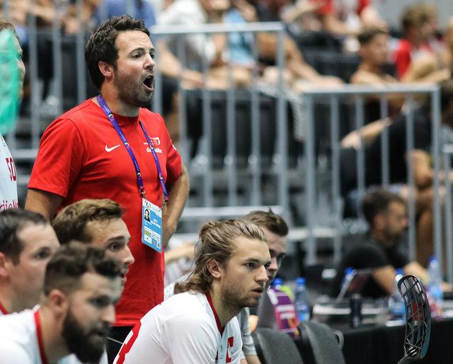 World Games – Til finalen etter revolusjon av troppen
